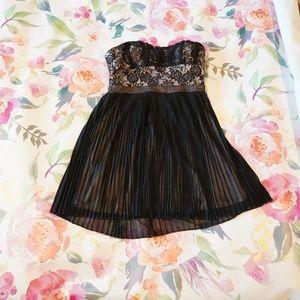 Short strapless black dress